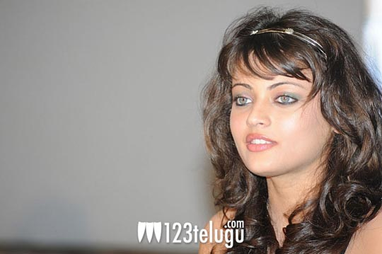 Sneha_Ullal_Interview