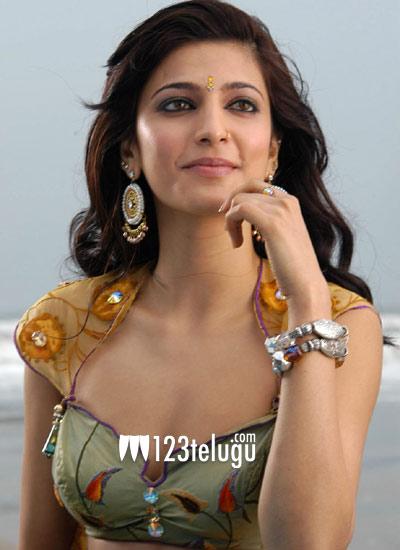 Shruthi-Haasan-