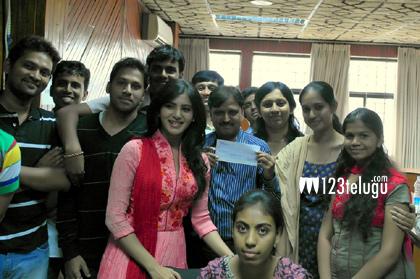 Samantha-with-Dilsukhnagar-