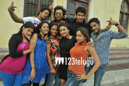 Nenu-Naa-Friends