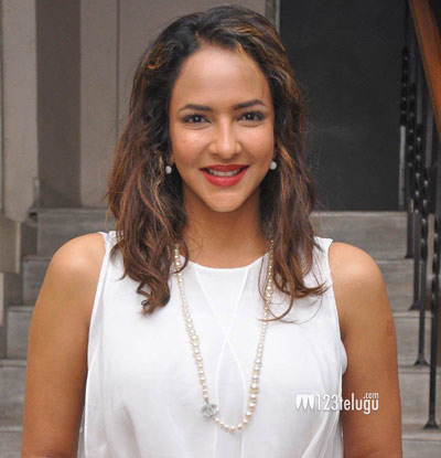 Lakshmi-Manchu-New-Photos-