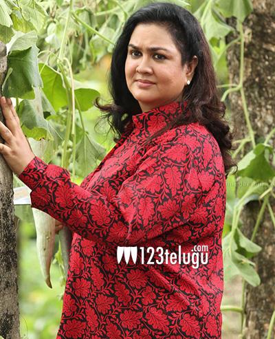 Actress-Urvashi
