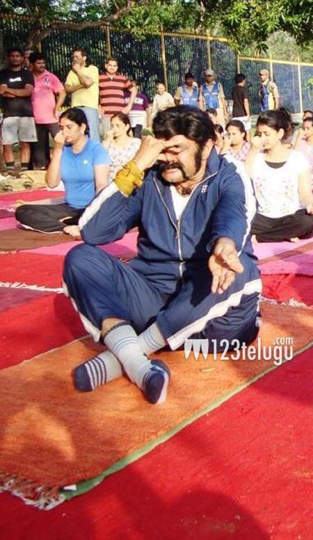 Yoga-(1)