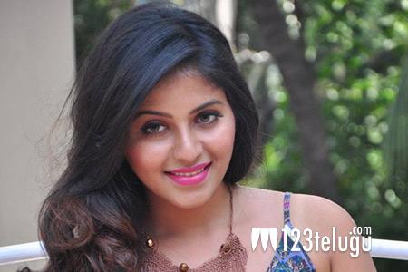 Anjali bags a biggie in Kannada