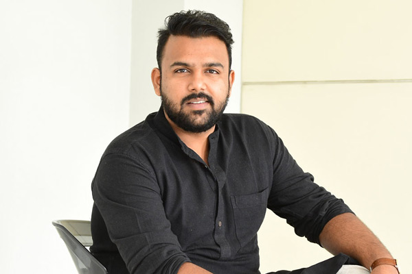 Tharun Bhascker debut film pushed?