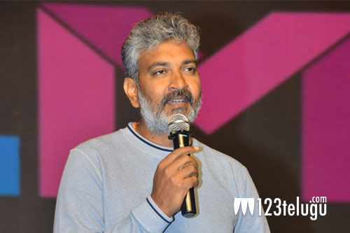 Rajamouli fixes this month for RRR's release