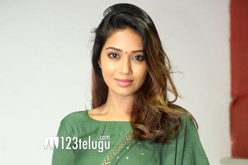 Allu Arjun is lightning quick: Nivetha Pethuraj