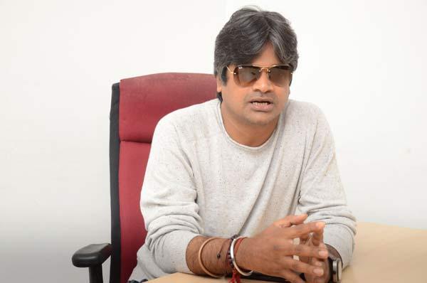 Harish Shankar distraught over Valmiki's title change