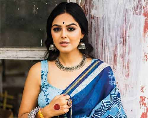 Monal Gajjar upset with questions about Akhil