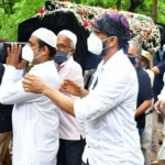 Veteran Bollywood comedian Jagdeep's funeral in Mazgaon – Set 3