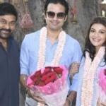 Chiranjeevi welcomes Kajal and her hubby to Acharya sets