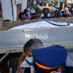Film and political celebs at Dilip Kumar's last rites – Set2
